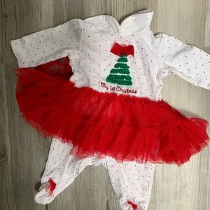 0-3 months Christmas  onesie 2 for $5
